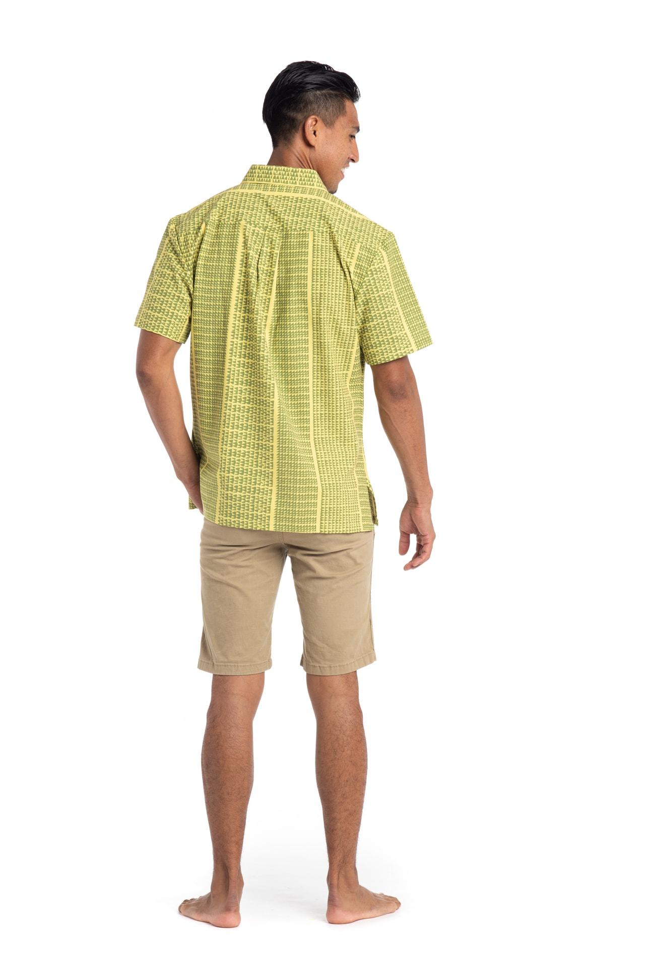 Male model wearing Mahalo Nui Shirt in Green Niho Ku - Back View