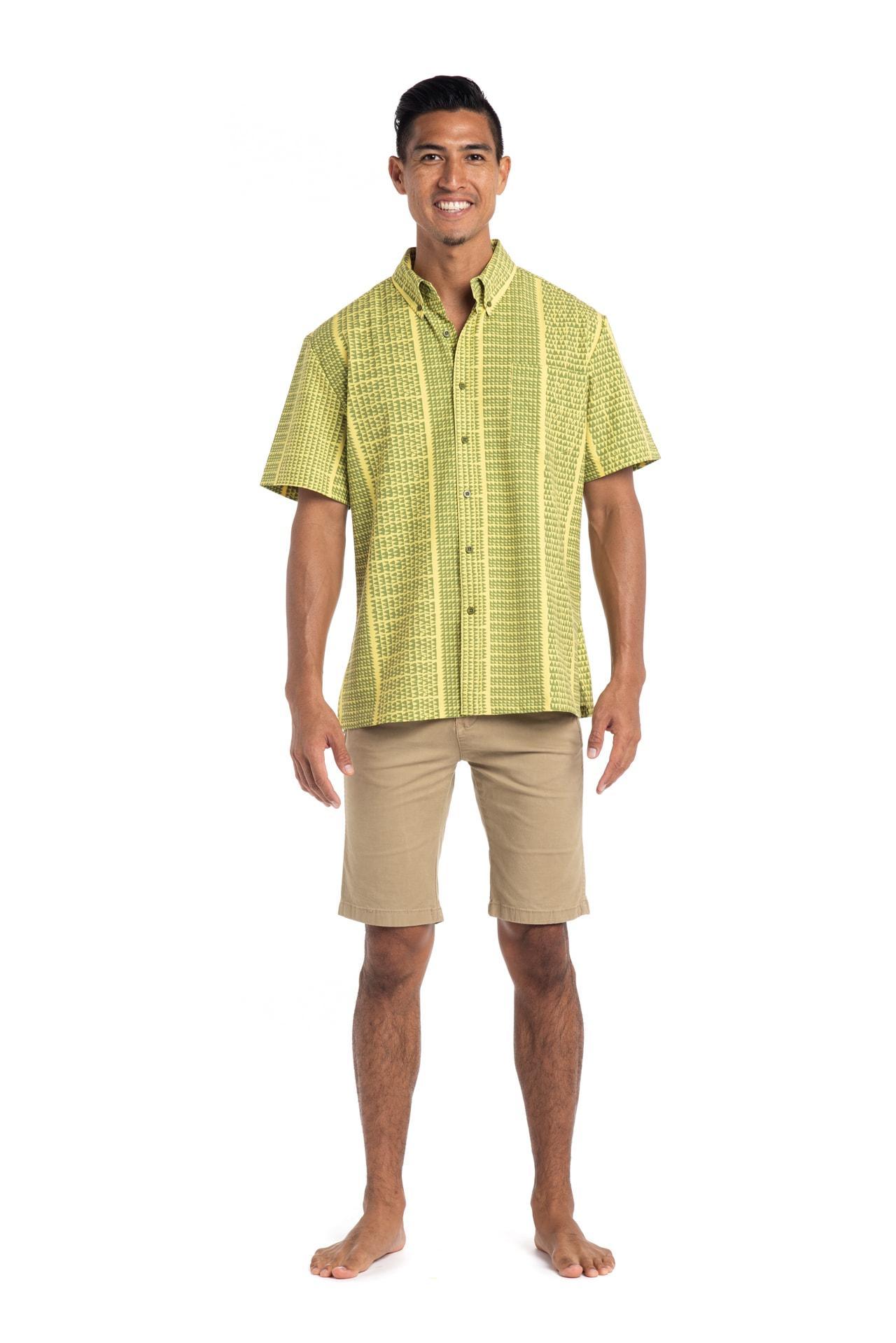 Male model wearing Mahalo Nui Shirt in Green Niho Ku - Front View