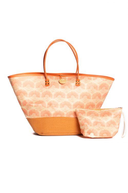 Puamelia Bag in Kalihilehua Orange
