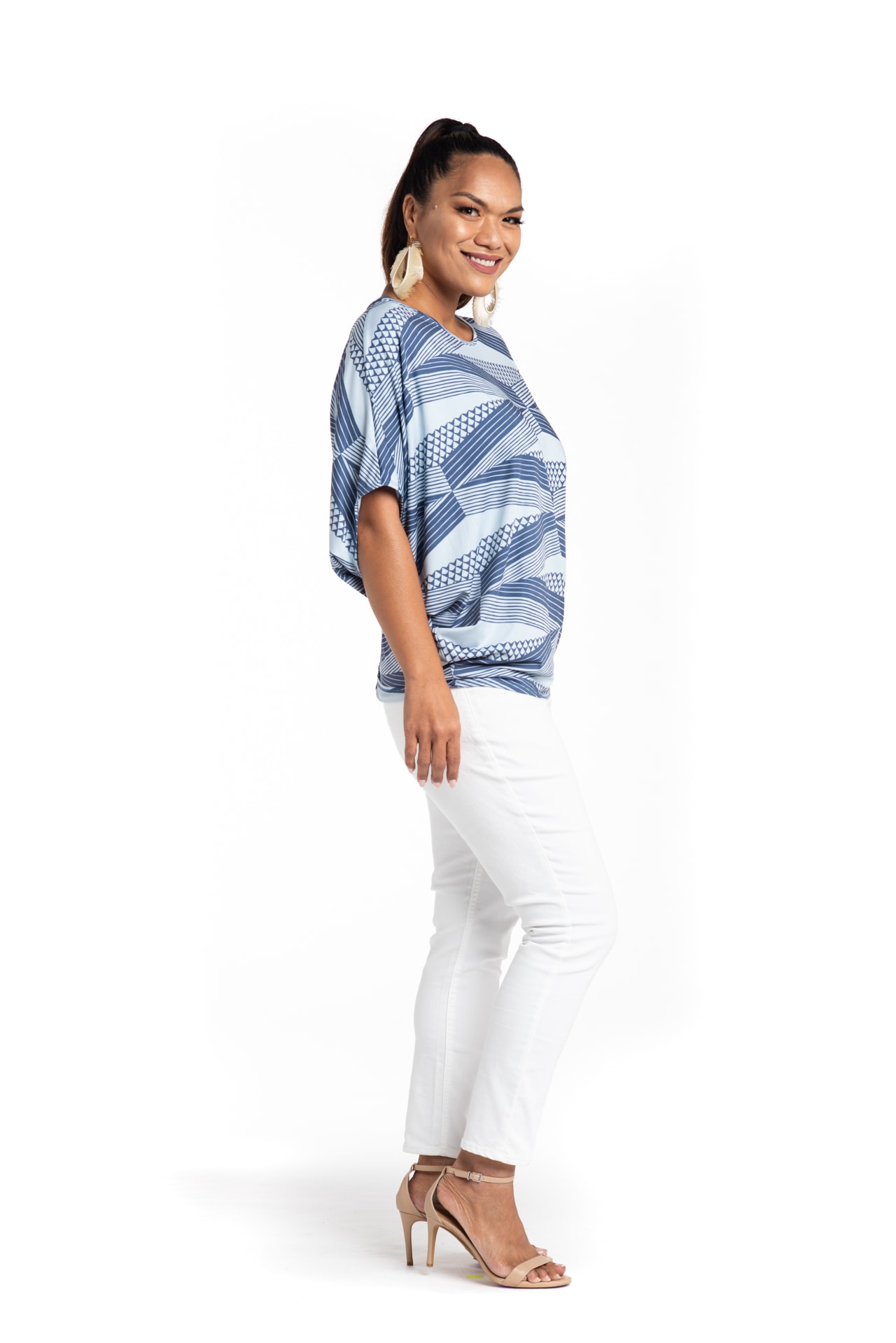 Model wearing Mahalo Nui Shirt - Side View