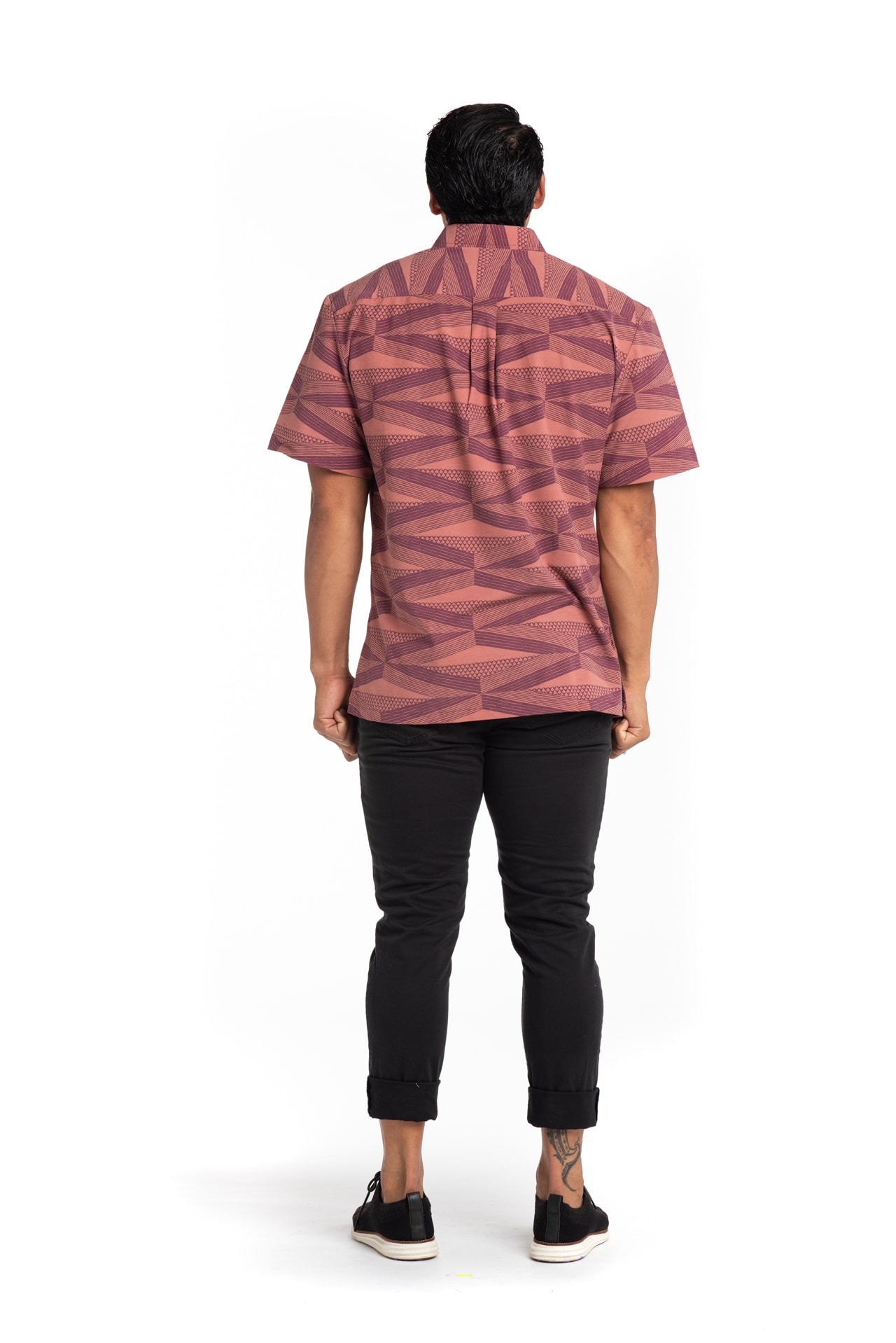Male Model wearing Mahalo Nui Shirt in Copper - Back View