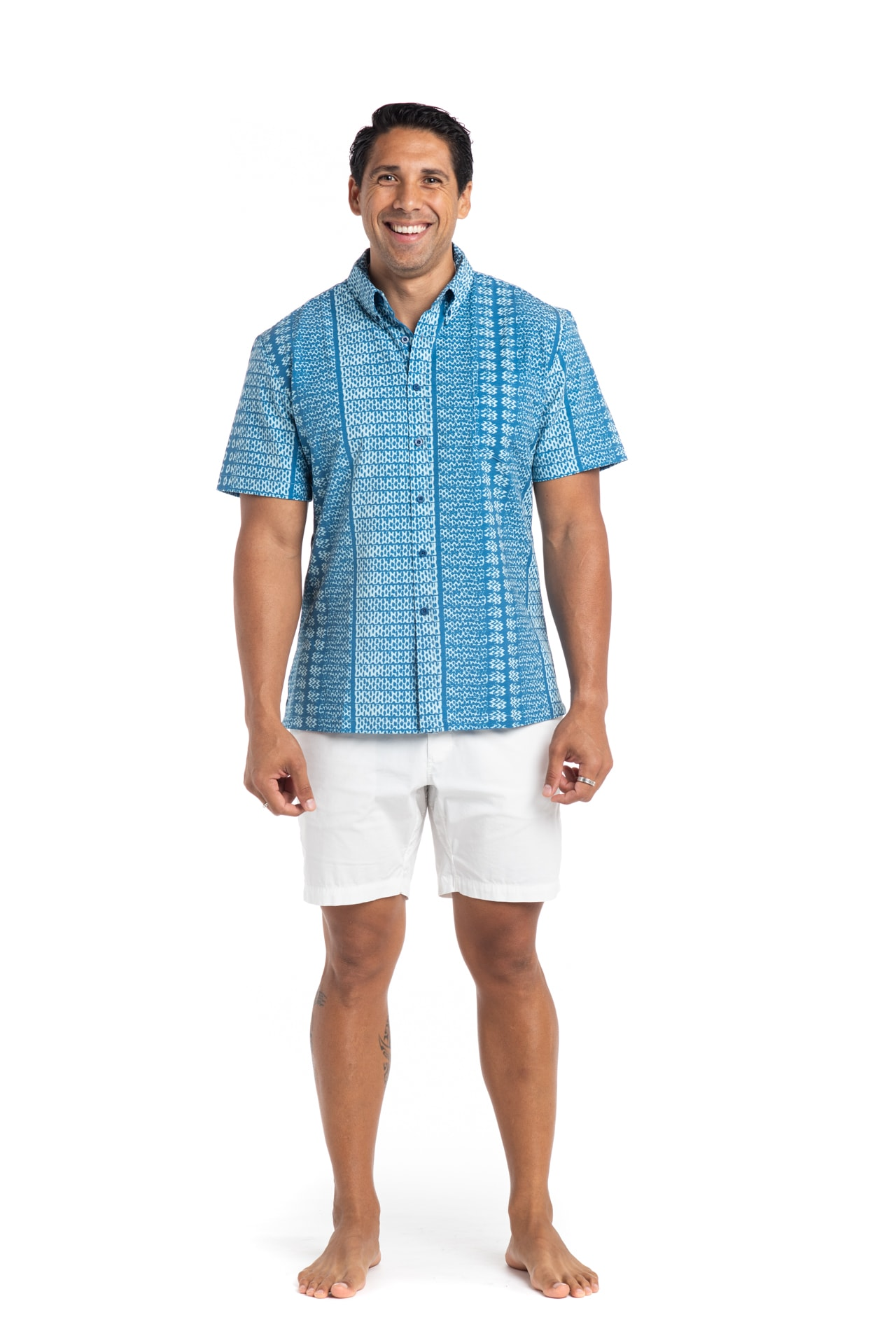 Male model wearing Mahalo Nui Shirt in Light Blue - Front View