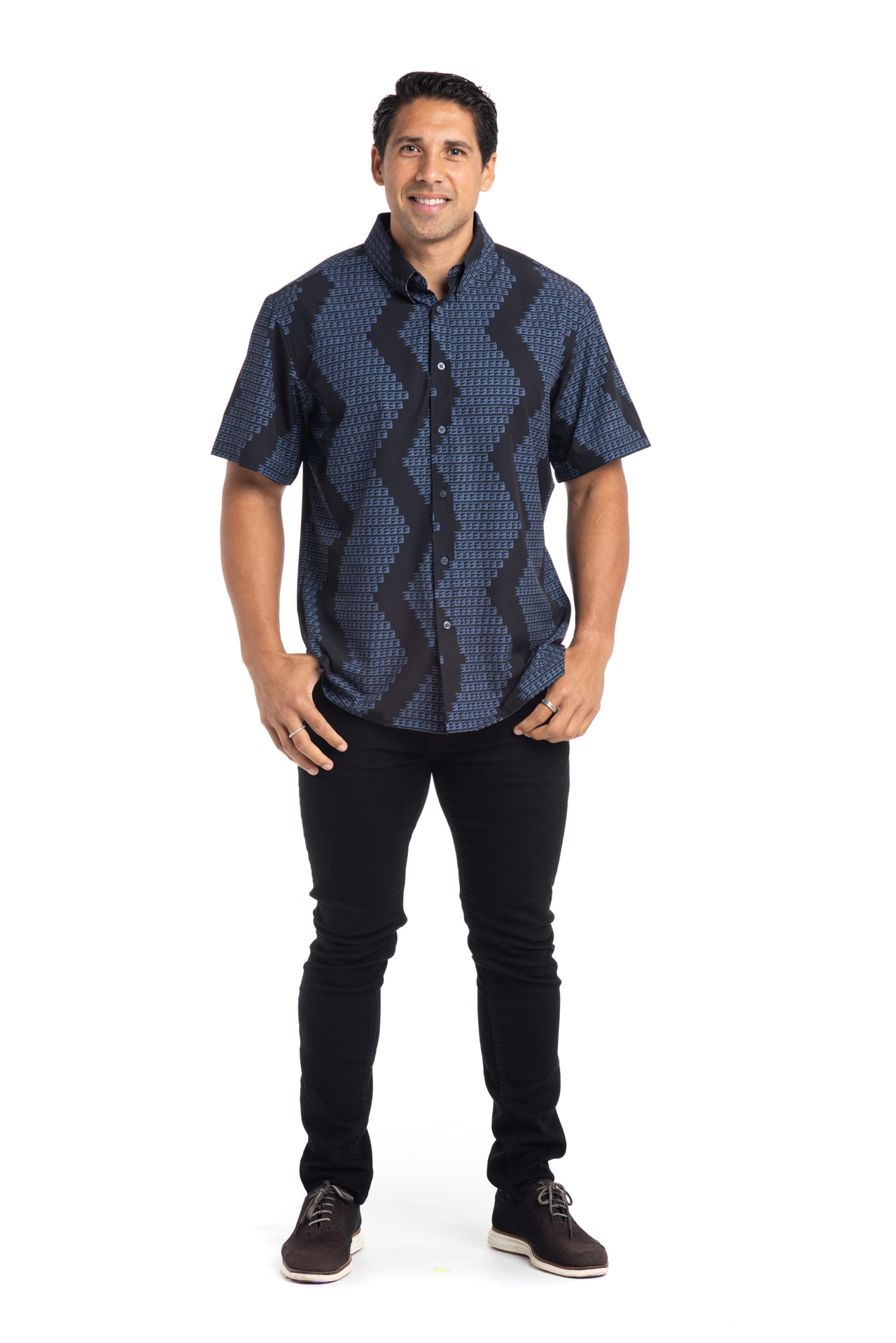 Male Model wearing Mahalo Shirt S-S - Front View