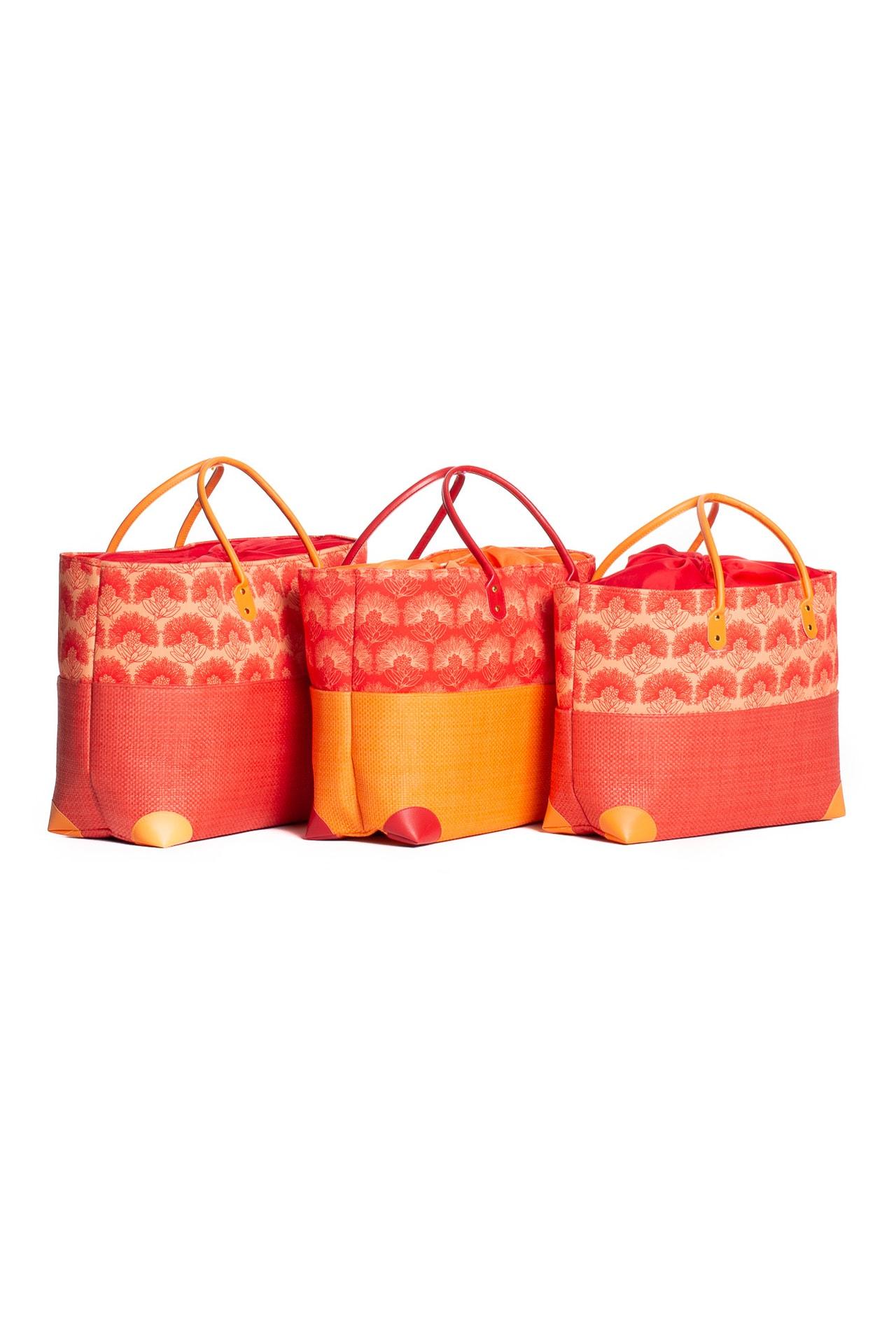 Hula Trio Bag Set in Red Kalihilehua