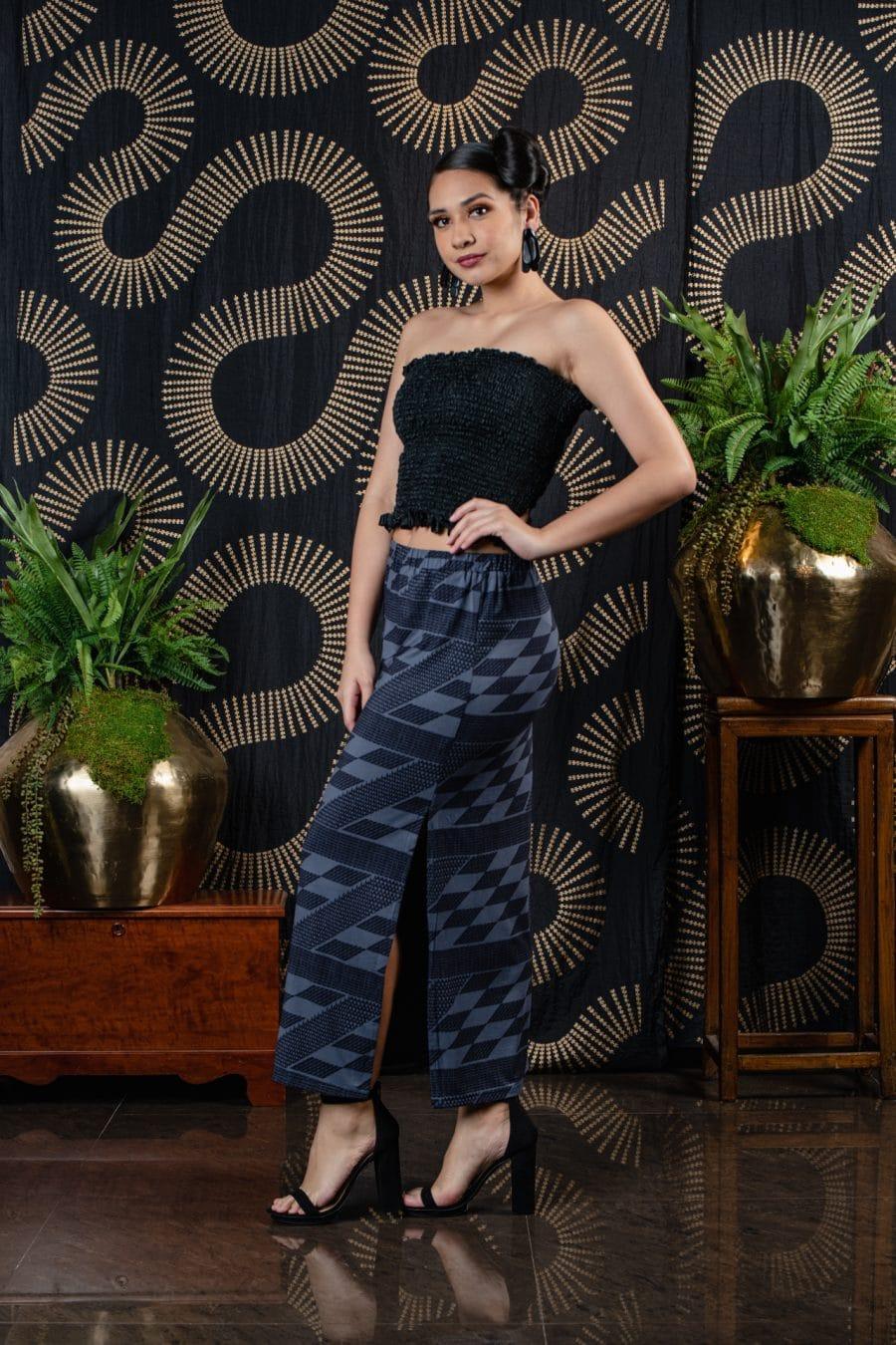 Model wearing Kahiki Skirt in Deepwell/Folkstone Kamehameha - Back View