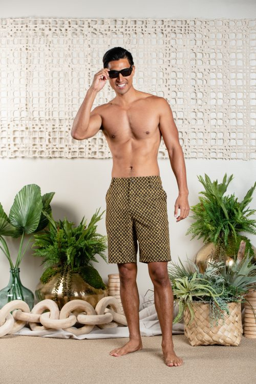 Male model wearing 4-way stretch UPENA-SPICY MUSTARD