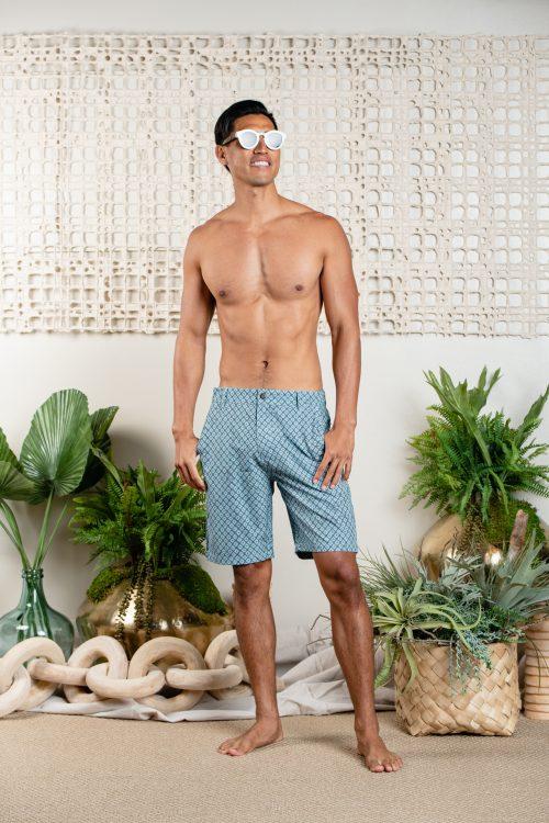 Male model wearing 4-way stretch UPENA-STONE GREY