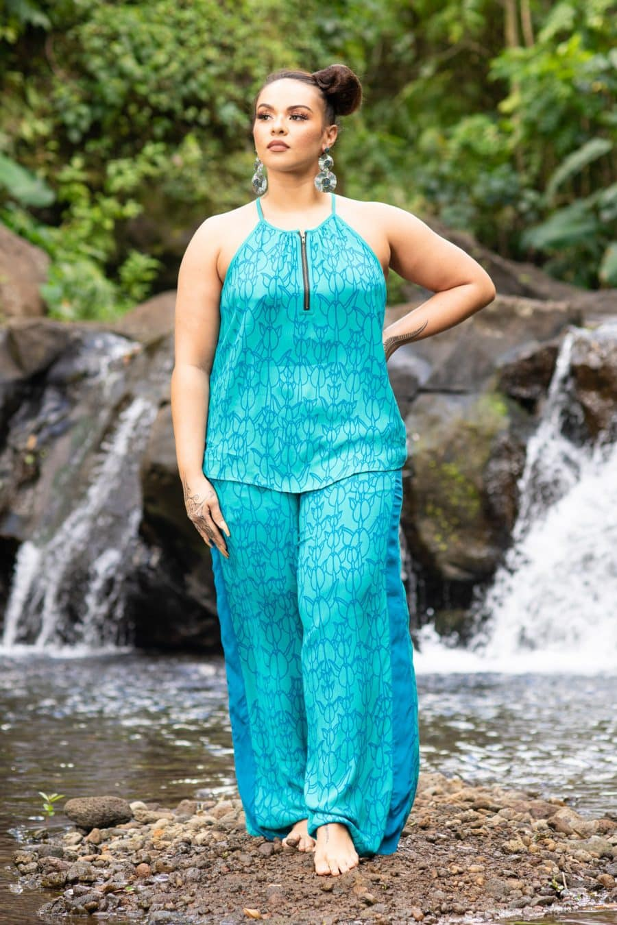 Model wearing Ola Pant in Blue Grass/Prov. Blue Kapualiko - Front View