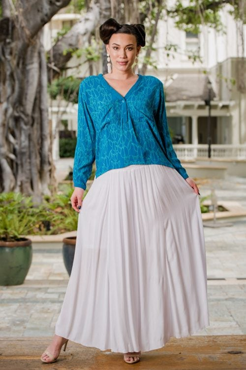 Model wearing Nanea Top in Prov. Blue/Blue Grass Kapualiko - Front View