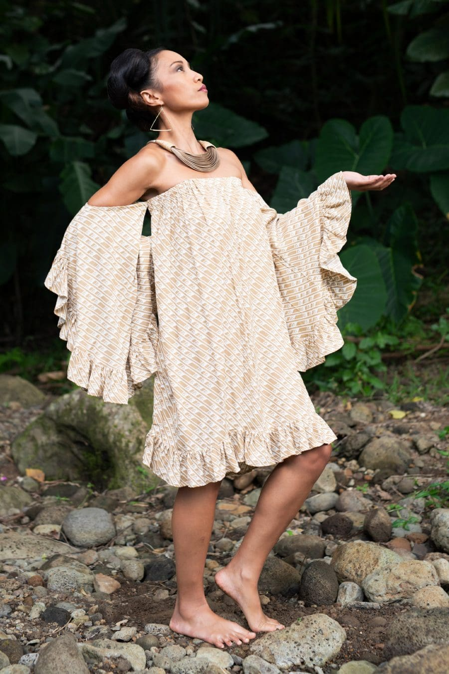 Model wearing Leinani Dress in Tannin/Moonbeam Hulu Nene - Front View