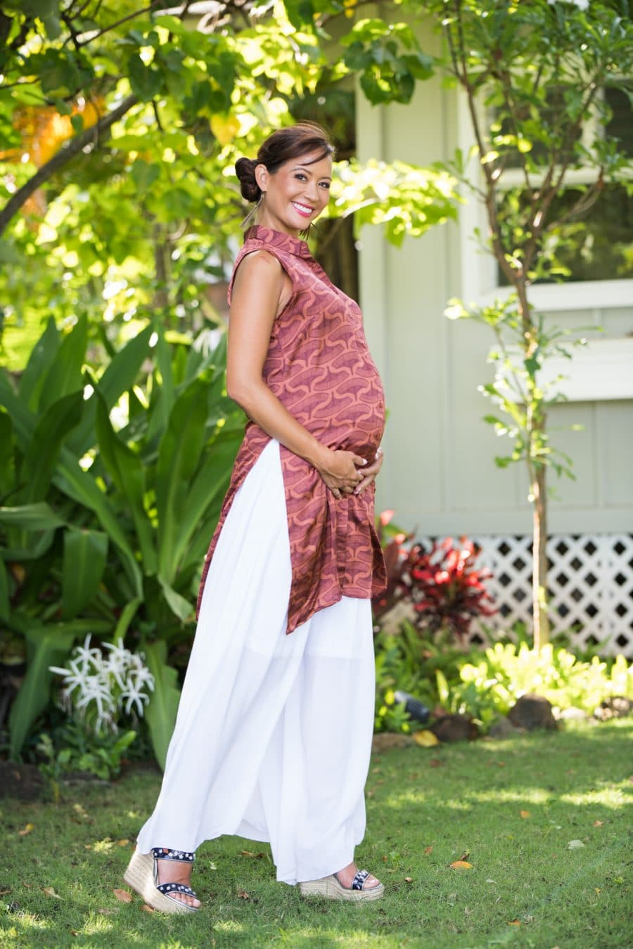 Model wearing Wiliwili Top in Copper Red/Mahagony Peahi Moi