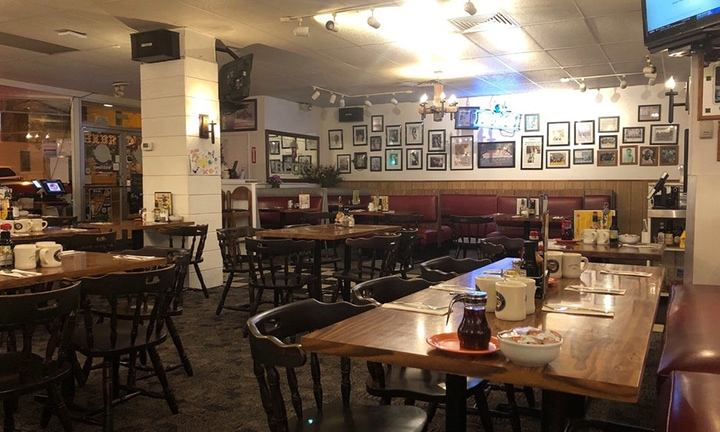 inside of Big City Diner