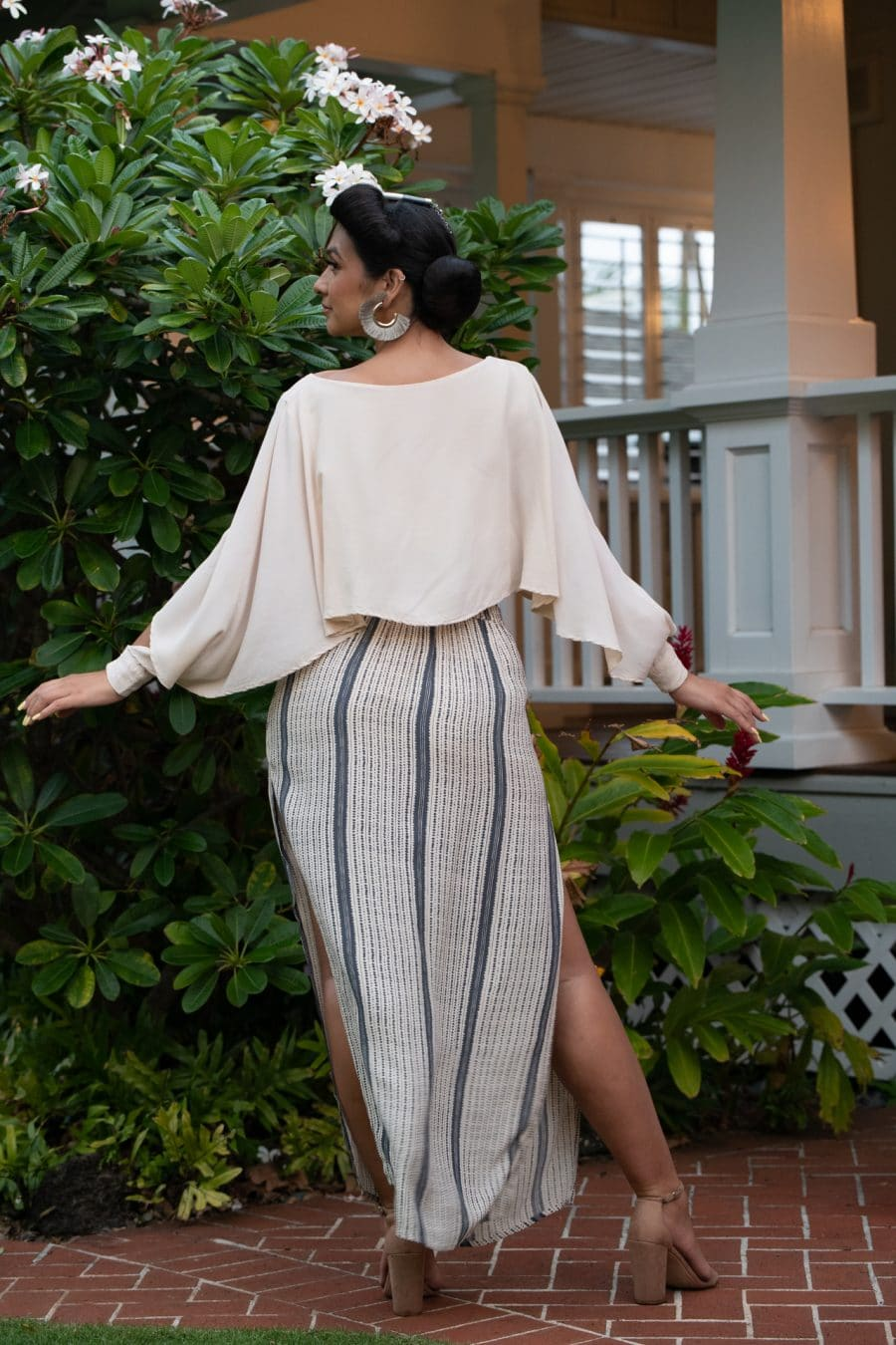 Model wearing Kahiki Skirt Long in Pavement Moonbeam Hoonionio Pattern - Back View