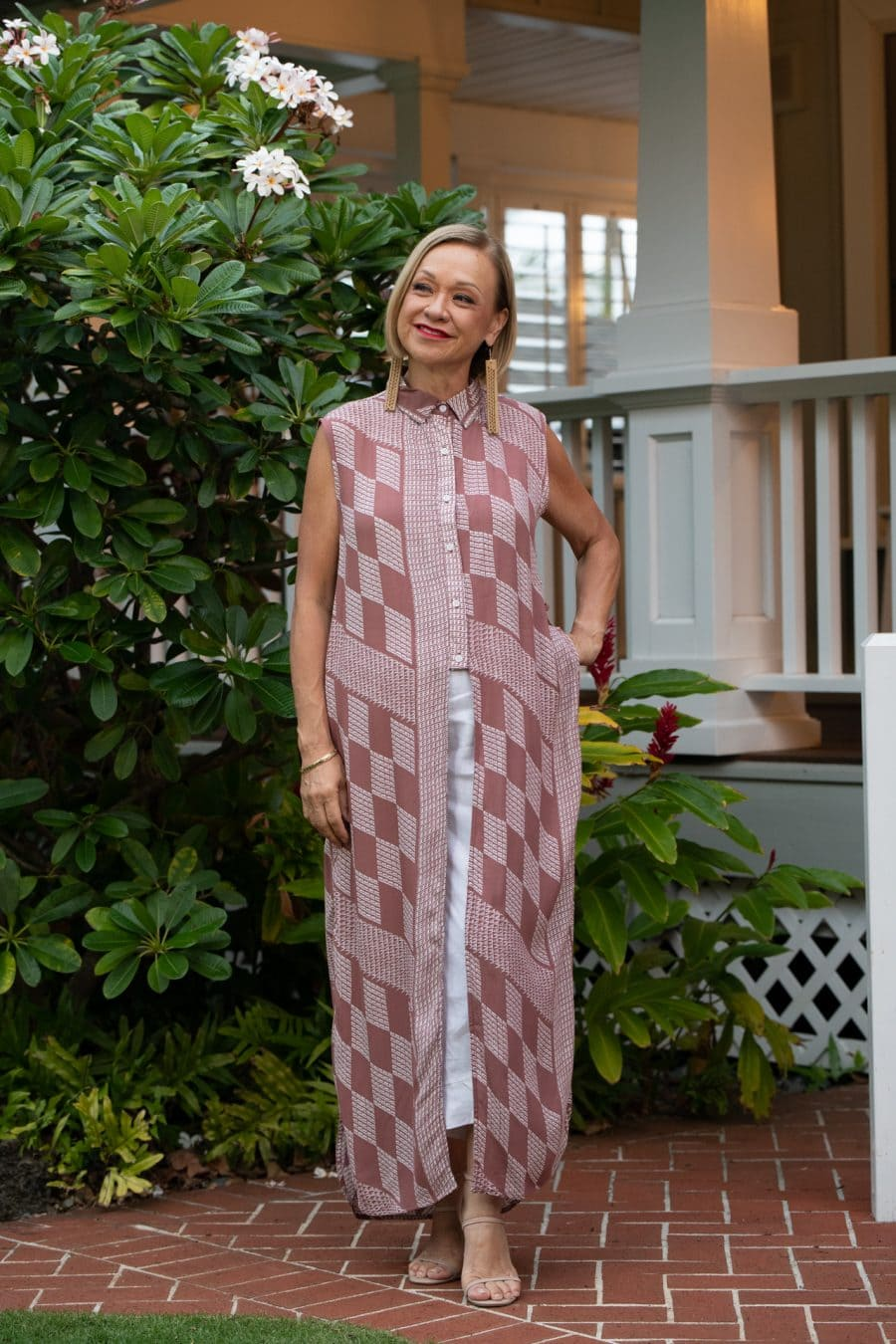 Model wearing Hualalai Top in Fired Brick White Kamehahema Pattern - Front View
