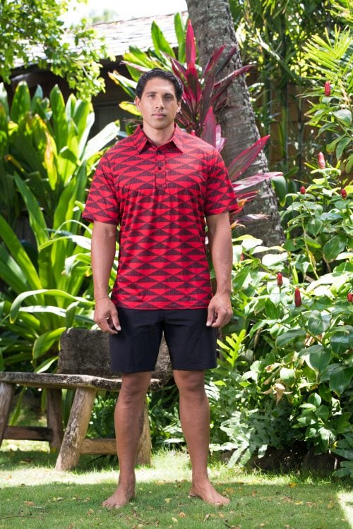 Male model wearing Golf Aloha Pullover in Chinese Red-Black Mauna Pattern - Front View